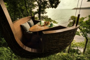 paul raeside - tree pod dining, soneva kiri