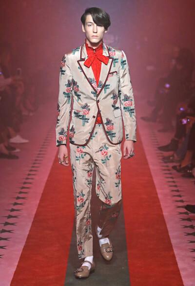Feminine Herren von Gucci auf dem Damenlaufsteg, Bild: Gucci.