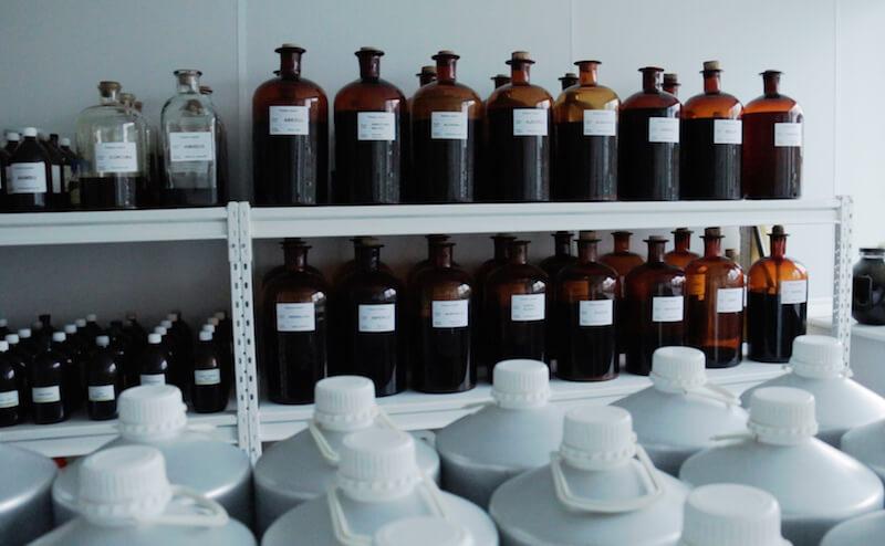Flaschen in der eigenen Produktion von Le Pure (Bild: Le Pure).