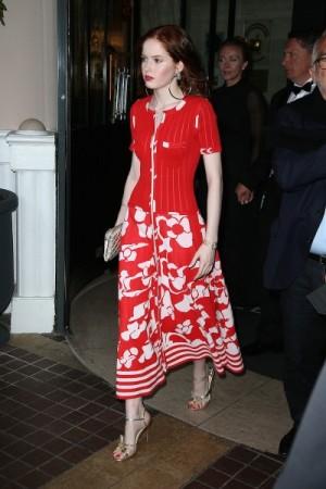 Die britische Schauspielerin Ellie Bamber in Chanel vor ein paar Tagen beim Filmfestival von Cannes. (Foto: Pierre Suu/GC Images).