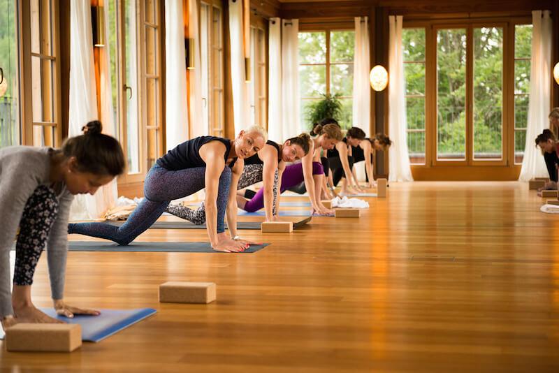 """Patricia Thielemann zeigt """"Spirit Yoga"""", Bild: Schloss Elmau, Felix Krammer."""